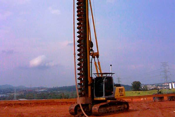 Estaca Escavada Mecanizada